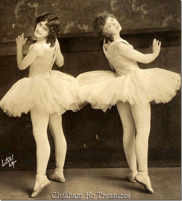 Witzel dancers
