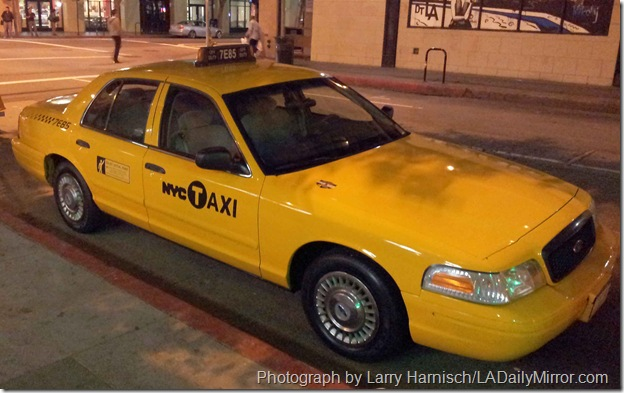 NY_taxi_in_los_Angeles_crop