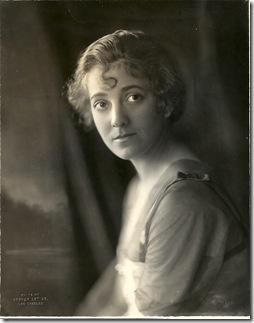 Elsie Janis Hoover