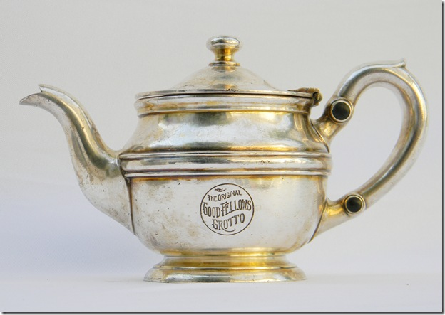 goodfellows_grotto_teapot