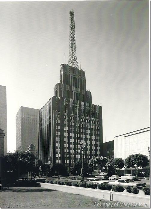 Richfield Building Alone B-W