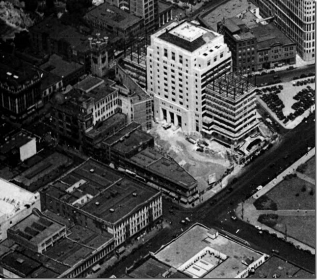 Aerial_photograph_of_the_City_Hall_and_surrounding_area_in_Downtown_Los_Angeles