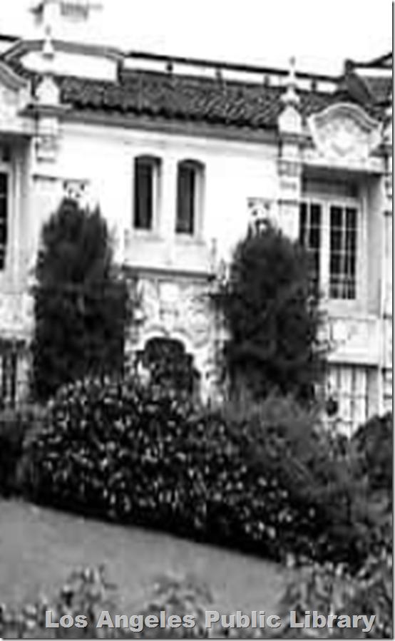 El Palacio Apartments