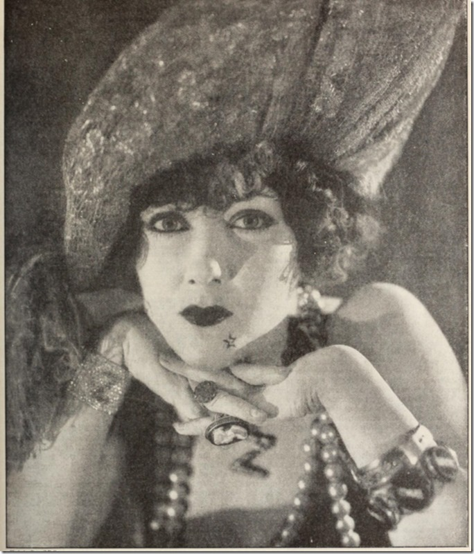 russell_ball_gloria_swanson_pictureplaymagaz19unse_0255
