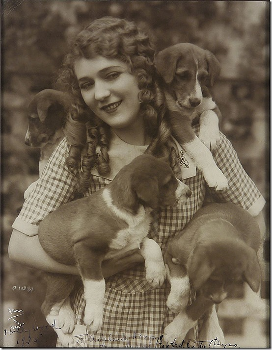 Mary Pickford and dogs, by Rahmn