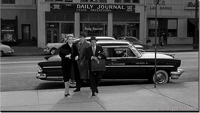 Illegal, 1955